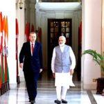 विदेश नीतिः नरम-गरम, दोनों
