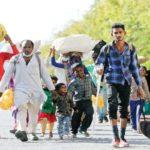 कोरोनाः रेलें और बसें तुरंत चलाएं
