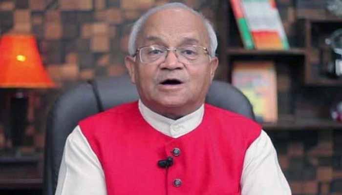 डॉ.वेदप्रताप वैदिक जी ने हिन्दी में हस्ताक्षर करने हेतु समर्थन किया (वीडियो)