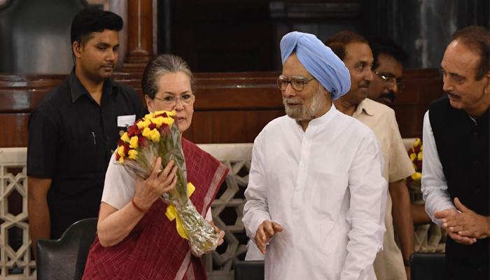 भारत जी-हुजूरों का लोकतंत्र ?